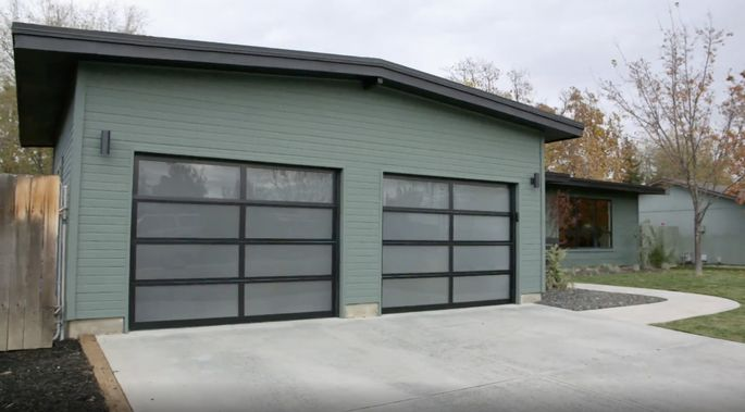 The glass doors on this garage are a midcentury success.