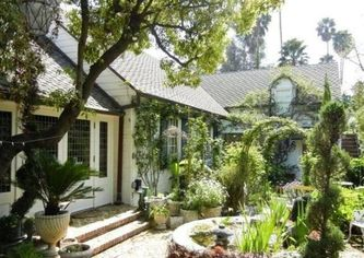 Kyle MacLachlan's Hollywood Hills Home for Rent (PHOTOS)