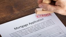 Mortgage Rates Stay Subdued, Bringing Relief to Slumping Housing Market
