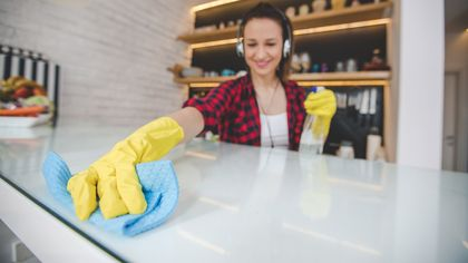 How to Clean a Kitchen: Tips Your Parents Should Have Taught You