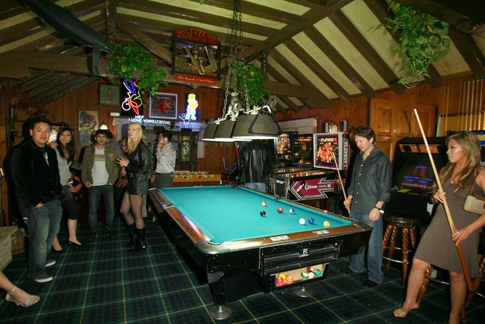 The mansion's game room