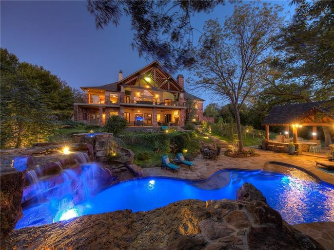 A home for sale in Oklahoma City, OK