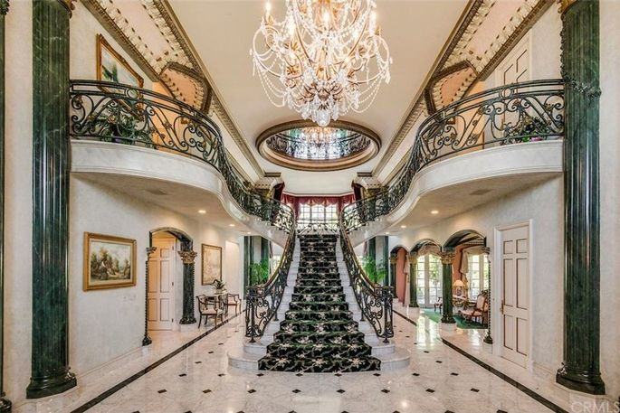 Opulent entry