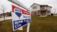 U.S. Existing Home Sales Rose in November From October, But Fell From a Year Ago