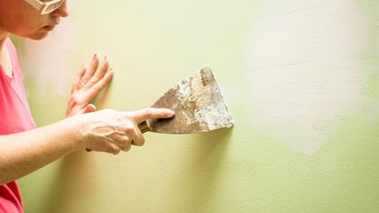 How to Repair Drywall Just Like the Pros: A Homeowner's Guide