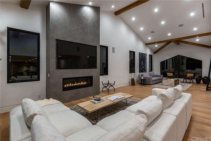 New, modern fireplace