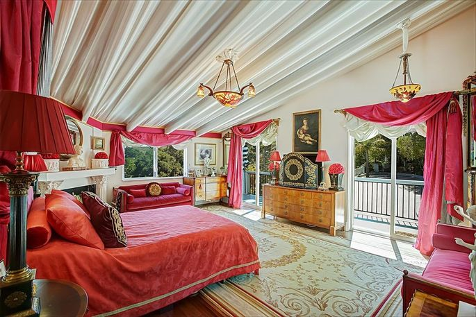 Bedroom decked out in red