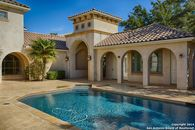 NBA Star Michael Finley Goes From Estate Sale to Home Sale