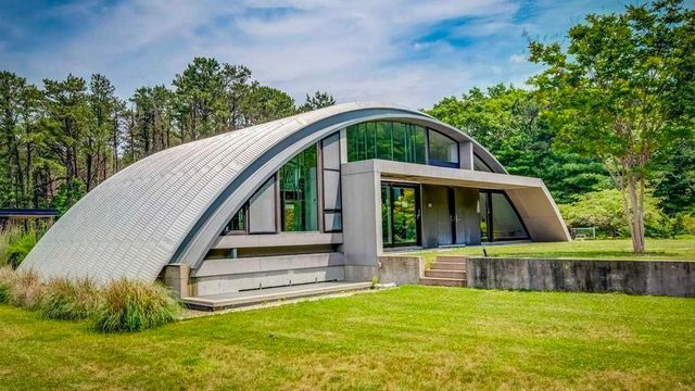 Seized by the Justice Department, Arc House in East Hampton Is Listed for $2.75M