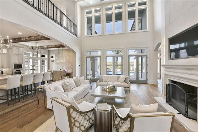 Open plan family room and kitchen