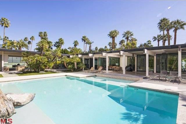 Buff & Hensman Mid-Century Home in Palm Springs
