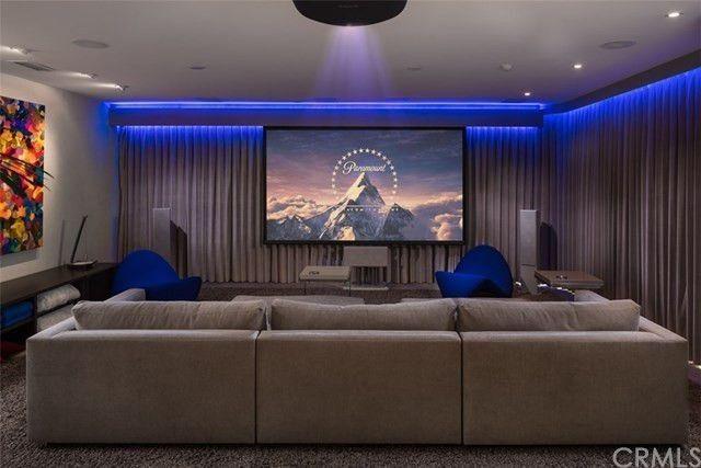 Dark media lounge