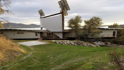 Shipwreck House Is an Eco-Friendly Wonder Floating Above Folsom Lake