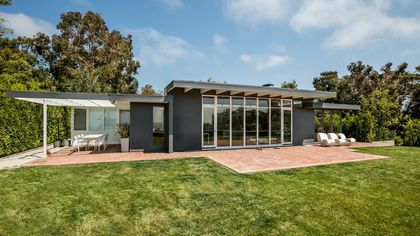 You Can Rent Case Study House #18 in Pacific Palisades