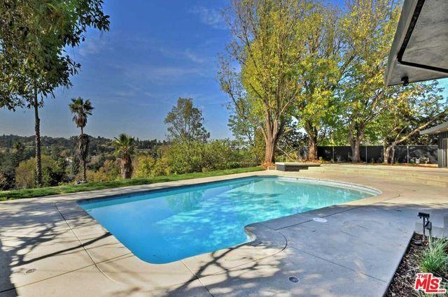 Patio and pool Dolan Twins house encino