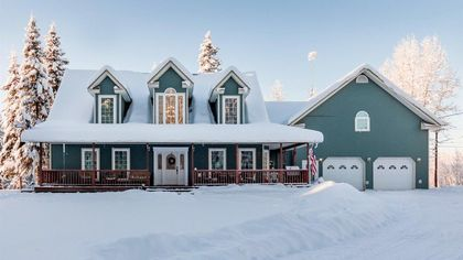 Ho-Ho-Homes! We Unwrap 7 Houses for Sale in North Pole, AK