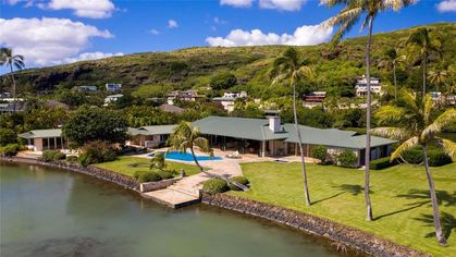 Midcentury Modern Hawaii Estate Owned by Japanese Beauty Tycoon Up for Auction