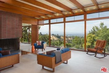Renter Picks Up Magnificent Mid-Century Modern Asher House for $10K a Month
