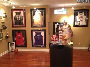 Sunday Sports Page: Daniel Gibson Headlines NBA Free-Agency Bonanza