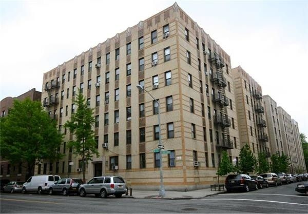 Apartment building on West 204th Street in Inwood