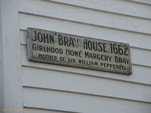daryl-hall-of-hall-oates-selling-restored-colonial-in-maine-4