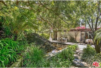 Designed by Frank Lloyd Wright Jr., Warwick Evans House in Brentwood Is Selling for $5.3M