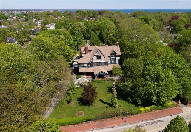 Newport, RI historic mansion exterior