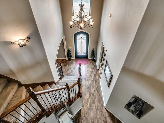 The open house for this $1 listing drummed up seven offers.