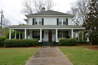 'Vampire Diaries' House in Georgia On the Market For $450K