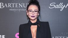 Jenni 'JWoww' Farley Selling Jersey Home Complete With Tanning Bed