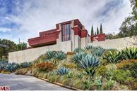 Lloyd Wright's Taggart House Is for Rent in L.A.