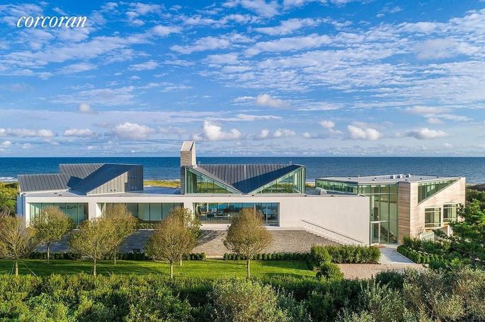 This week's most expensive home, in Wainscott, NY