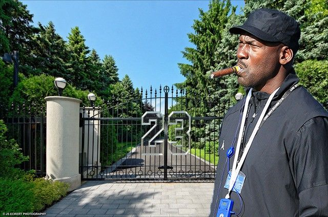 The main gate to Michael Jordan's mansion is tastefully emblazoned with his jersey number.