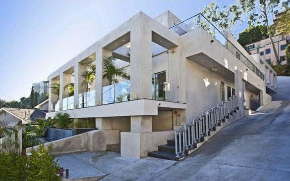 Modern Parthenon In Los Angeles Geometric Balance And