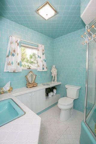 aqua bathroom bedford ma