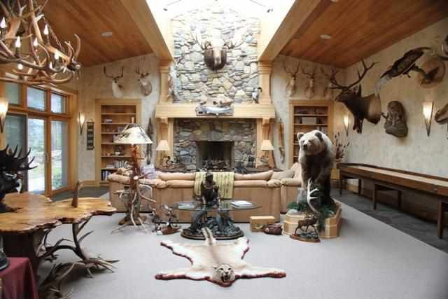 Rustic Retreat with Secret Gun Room, Shooting Range and Taxidermy ...