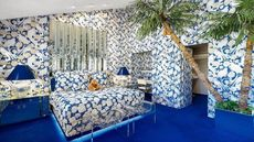 Fully Covered: The Wallpaper's Gone Wild in This Palm Springs Oasis