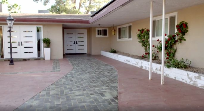 The Scott brothers give Kate and Gavin some stylish, energy-efficient doors—smart move!