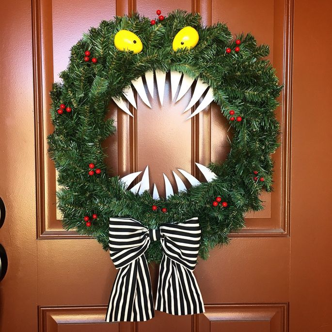This wreath is not exactly giving us visions of sugarplums.