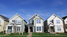 Pros and Cons of a Homeowners Association Every Buyer Should Consider
