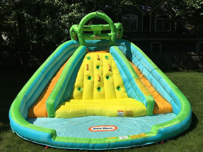 Think of the hours of backyard fun your kids could have on this baby!
