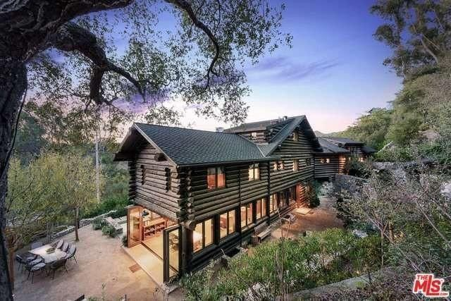 home for luxury log love cabins this homes we pin sale househunt in cabin verdi nv