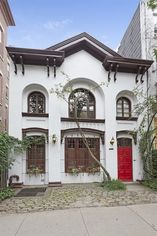 'Eat Pray Love' Carriage House Lists for $6.995M
