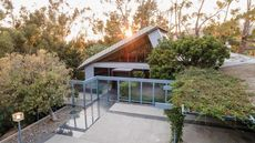 A Compound Beyond Compare: Rare Midcentury Masterpieces in Pasadena Hit the Market