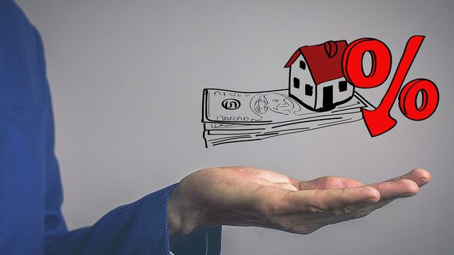 Mortgage Rates Continue to Fall in Holiday Gift for Home Buyers, Sellers