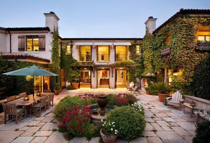Kevin Mandia's mansion in Woodside, CA