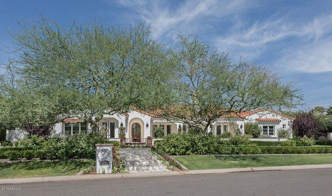 Olympic swimmer Michael Phelps' mansion near Scottsdale, AZ
