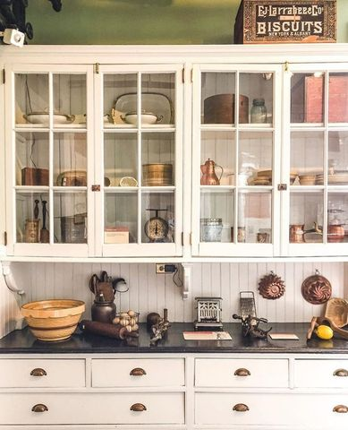 how to style kitchen cabinets