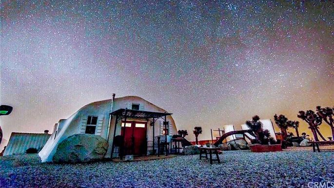 Popular On Airbnb This Moon Camp In Joshua Tree Lands On The Market