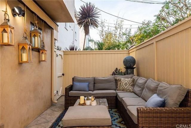 Outdoor living area Sasha Vujacic Manhattan Beach, CA